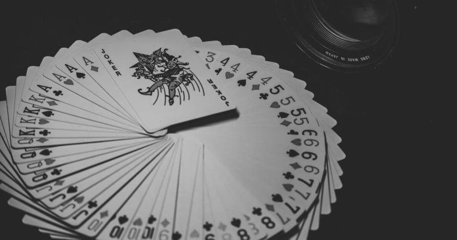 O tamanho, a Tendências e Estatísticas de Mercado Móvel Gambling 2001-2023
