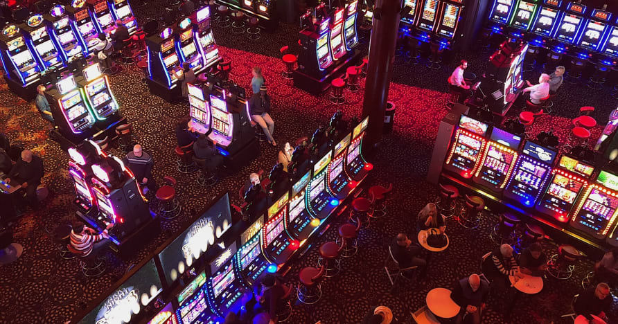 Casinos Sociais vs Casinos Online